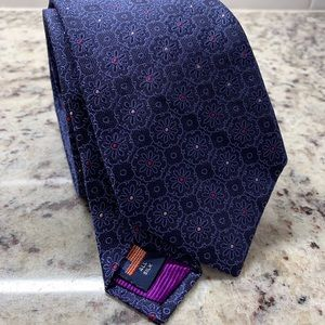 Brand new Ventura by Holland & Sherry tie